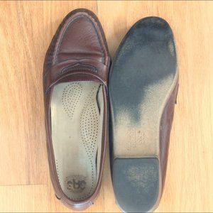 SAS brown leather loafer shoes